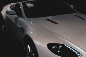 Aston Martin V8 Vantage Roadster | Cx. Manual